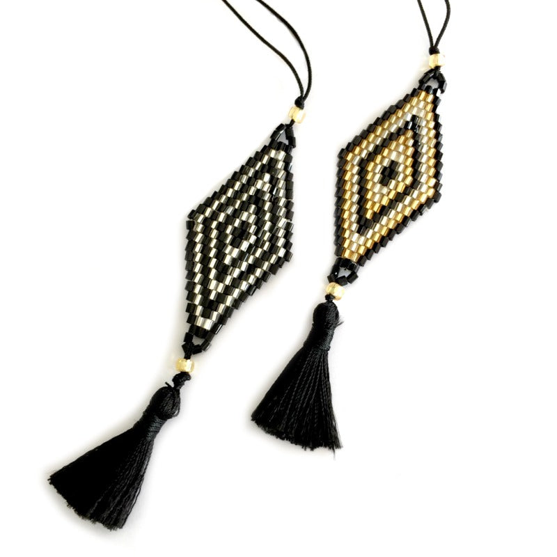 Seed-bead-pendant-necklace-black-gold-beads-tassel