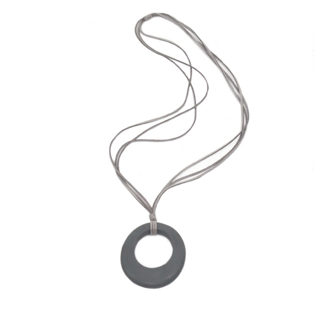 oval-pendant-necklace-grey