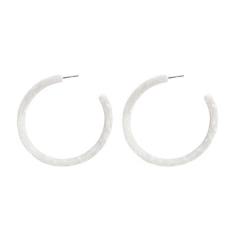 Hoop-earrings-pink-mother-of-pearl-look