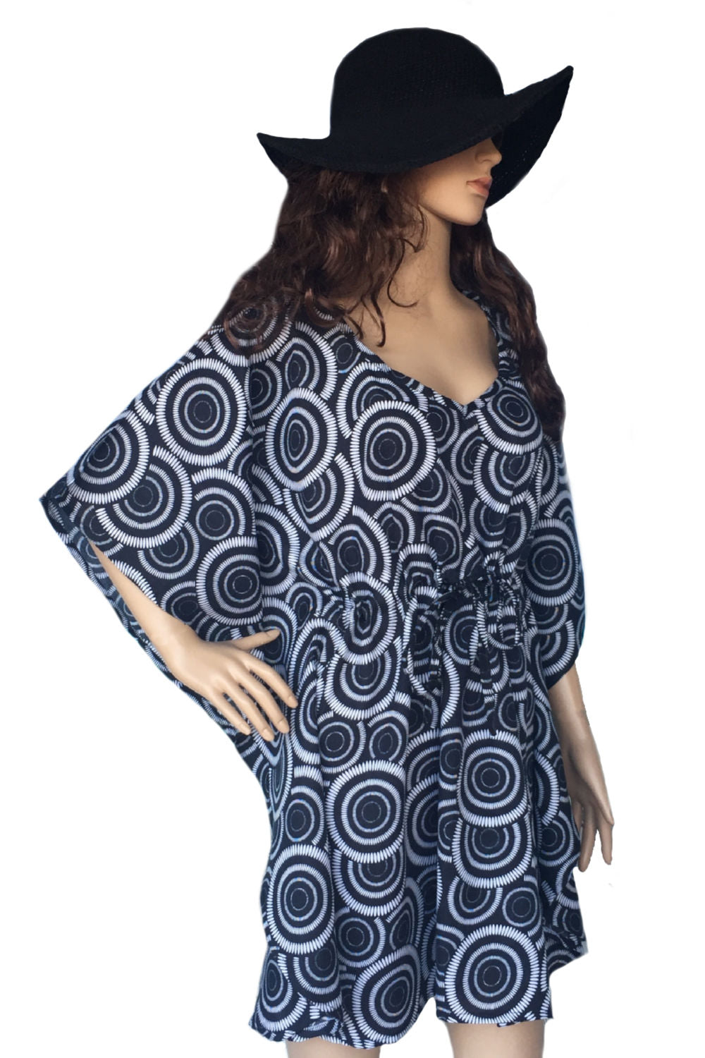 short-kaftan-dress-black-white-circle-design