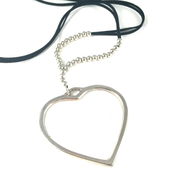long-necklace-heart-pendant