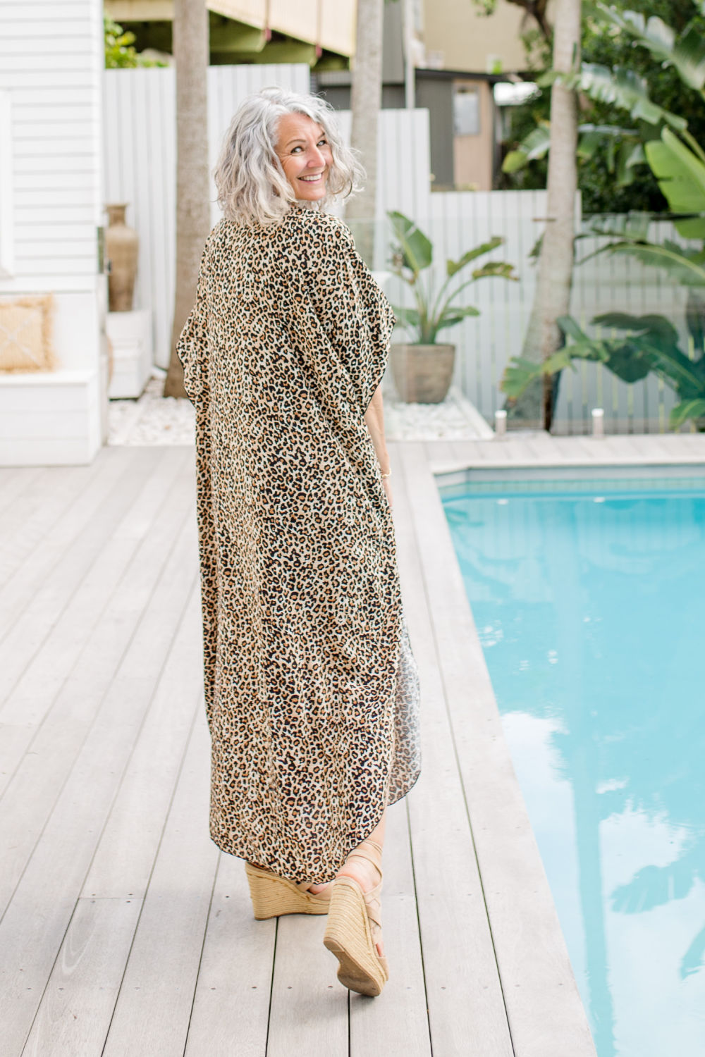 long-kaftan-dress-plus-size-leopard-print