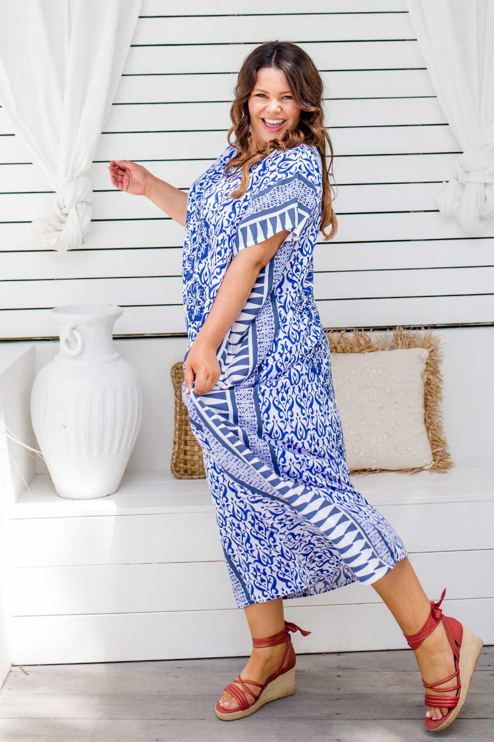 long-summer-dress-plus-size-blue-white-geometric