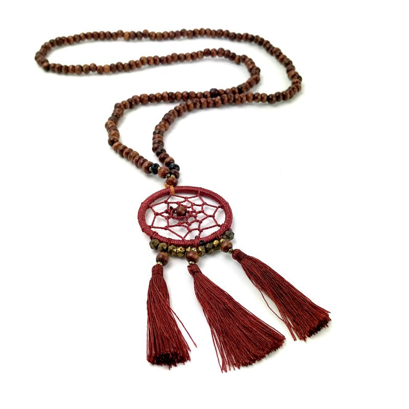 dreamcatcher-pendant-necklace-brown-wood-beads-tassel