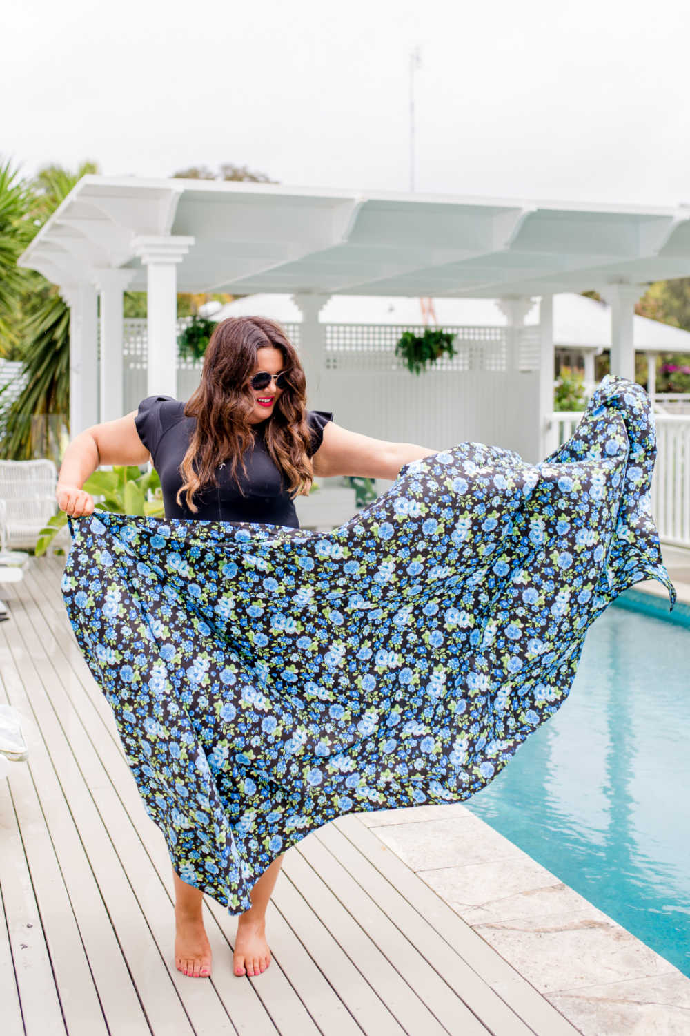 plus-size-floral-beach-sarong-blue-black