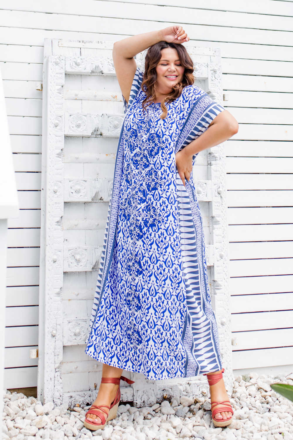 plus-size-maxi-kaftan-dress-blue-white-geometric