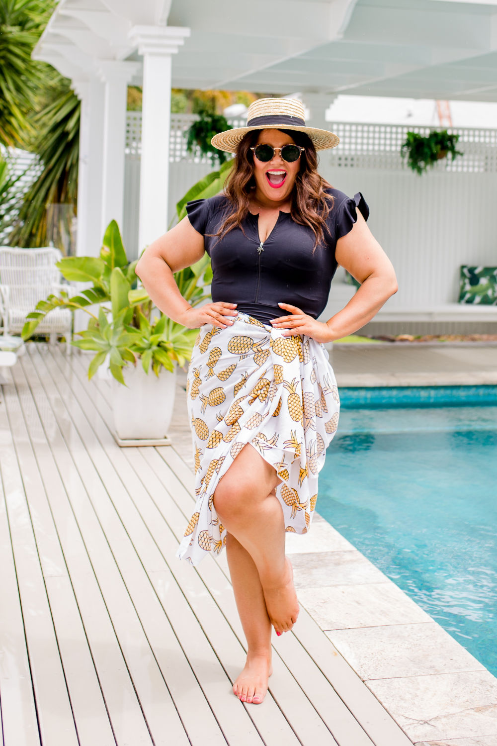 plus-size-sarong-white-yellow-pineapple-print-design