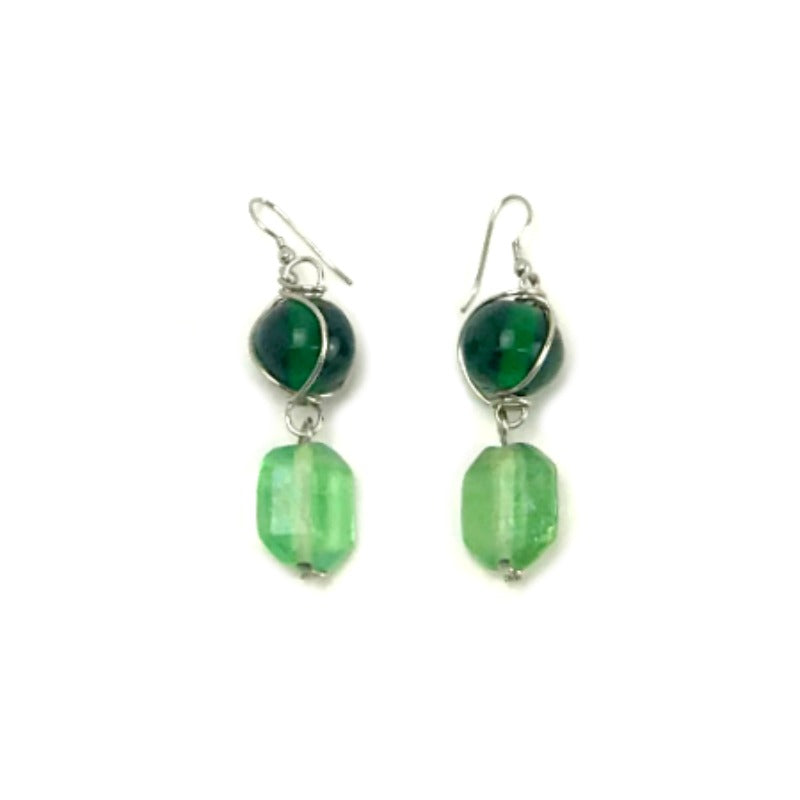 Beaded earrings - green beads - silver