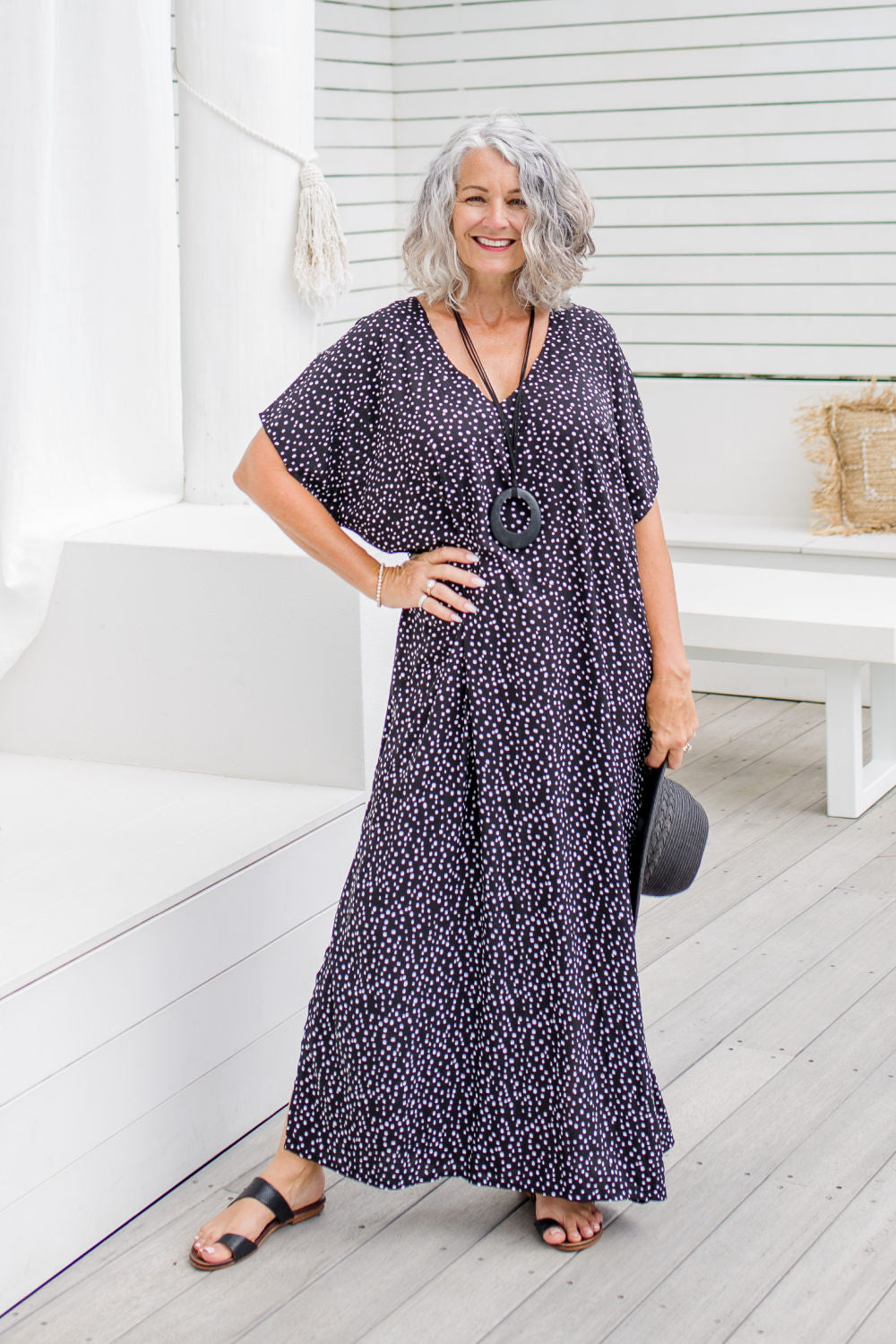 summer-maxi-kaftan-dress-black-white-polka