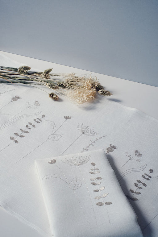 Limited Edition 'Irish Wildflower' Irish Linen Table Runner & 12 x Napkin Gift Set Metallic
