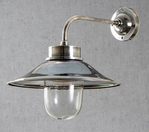 Wall Light Sandhurst Wall Lamp in Antique Silver/Brass