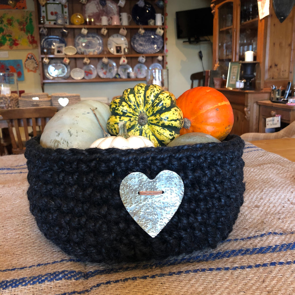 Chunky Black Jute Storage Basket with Large Hammered Brass Heart