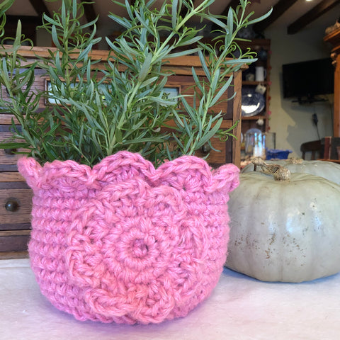 Pink Storage Basket Planter Jute Crocheted Makeup Organiser