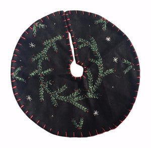 New World Arts Pine Boughs on Black Background Tree Skirt