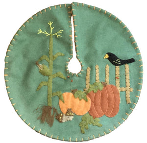 New World Arts Autumn Bounty w/Crow on Fence Tree Skirt