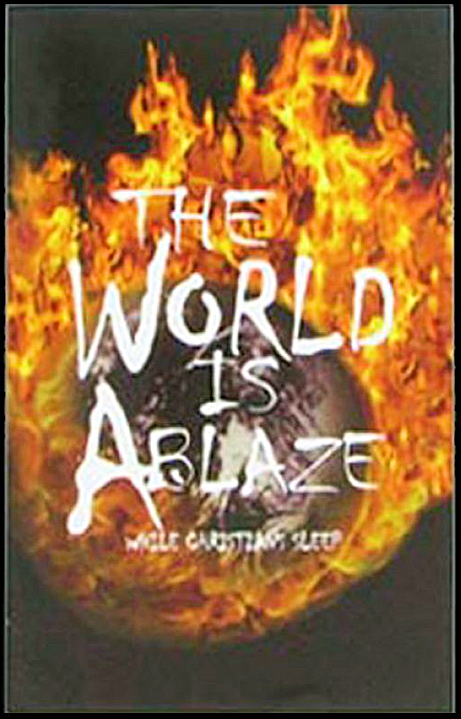 Tracts, The World Is Ablaze (Pack of 100)