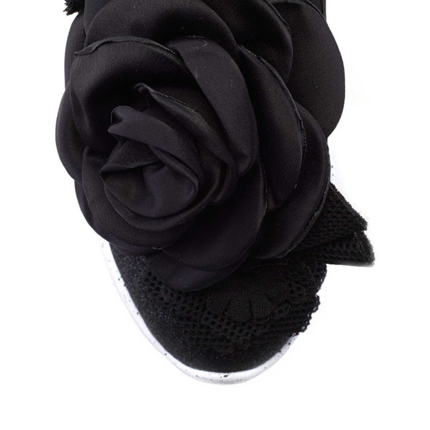 Rambling Rose Black