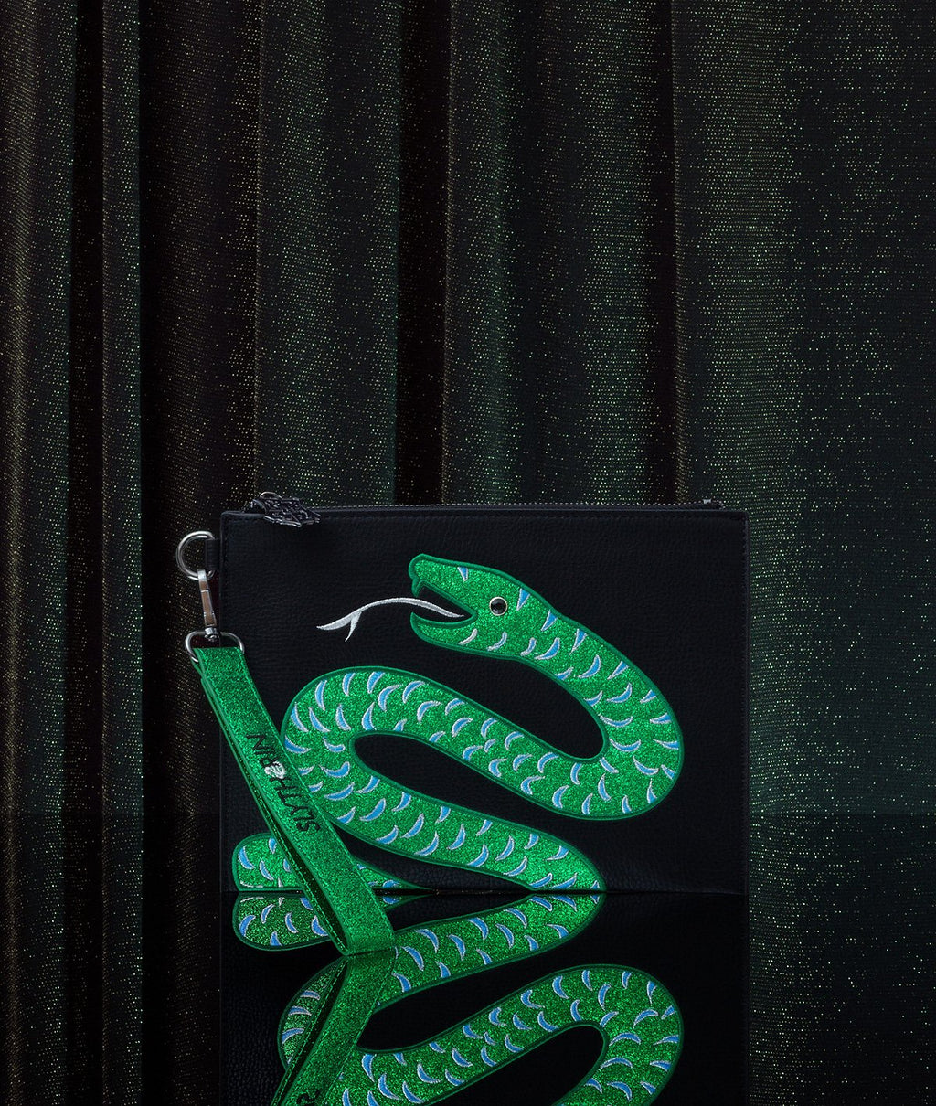 DN Slytherin House Clutch