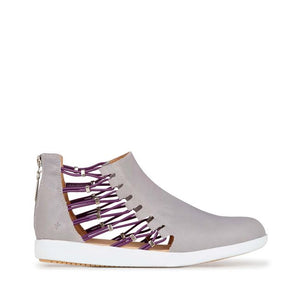 Melina Cut Out Trainer