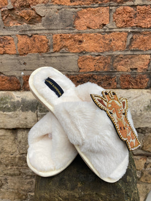 Cream Fluffy Slippers Luxe Giraffe Brooch