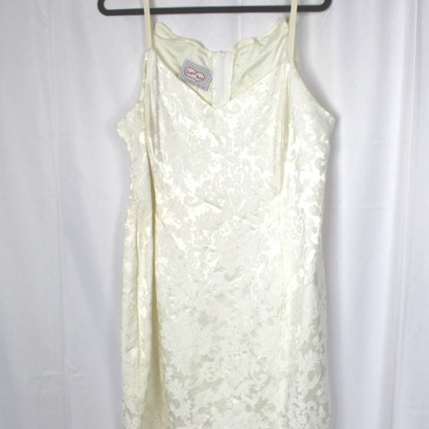 CLOSET SALE: Vintage 80s White Dress - Size 20