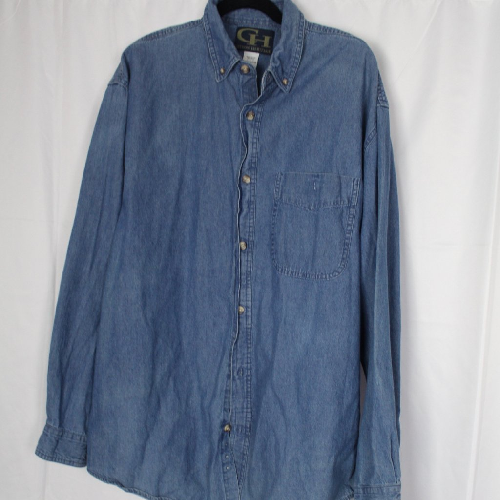 CLOSET SALE: Oversized Denim Buttondown - Size Large