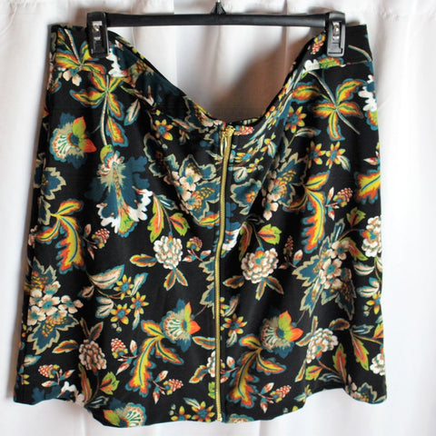 CLOSET SALE: Zip Front Skirt- Size 20