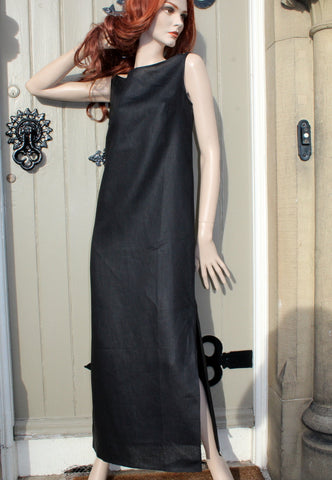 ladies sleeveless linen dress with long side slits in black