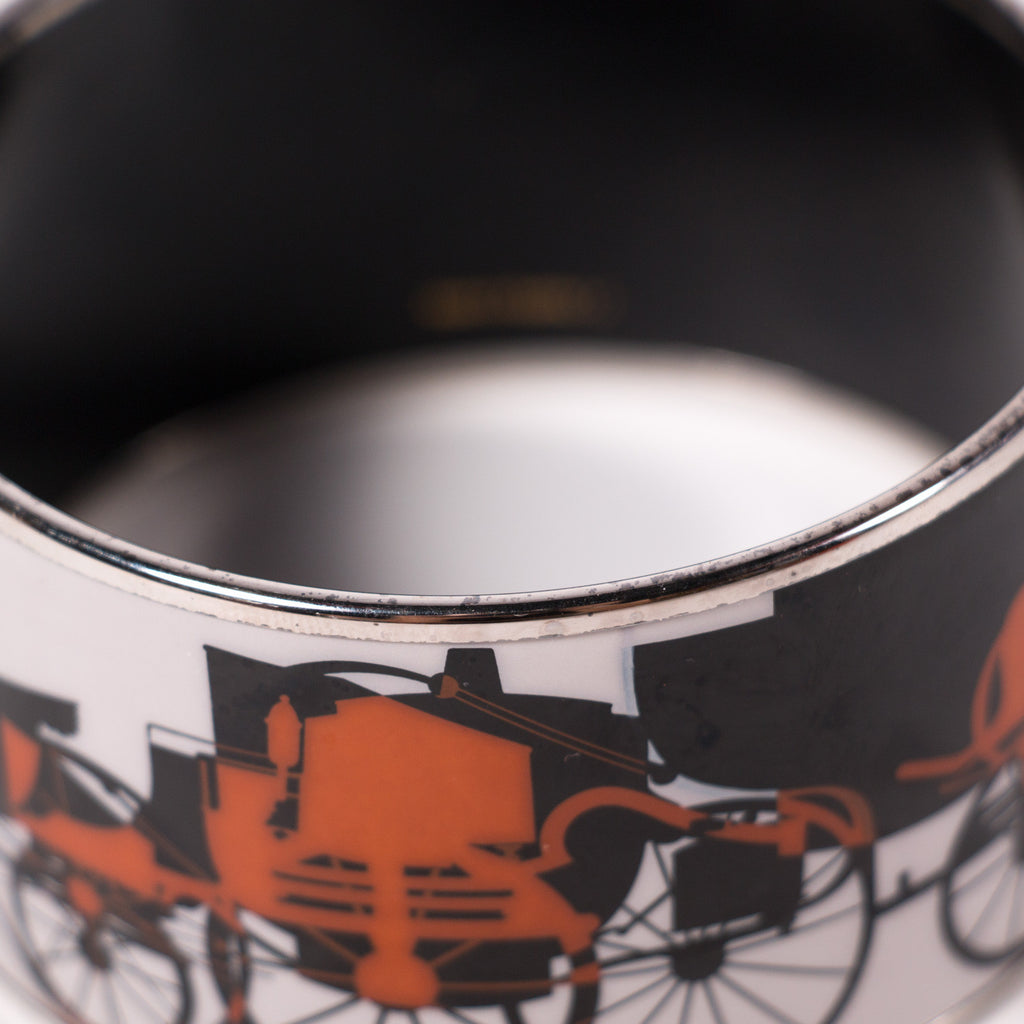 Hermes Extra Wide Printed Enamel Bracelet Accessories Hermes - Shop authentic new pre-owned designer brands online at Re-Vogue