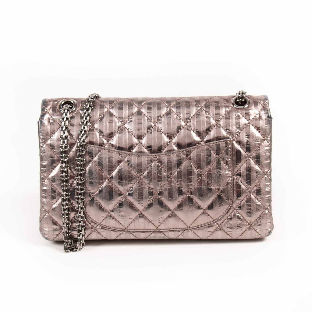 Chanel 2.55 Reissue 226 Flap Bag Bags Chanel - Shop authentic new pre-owned designer brands online at Re-Vogue