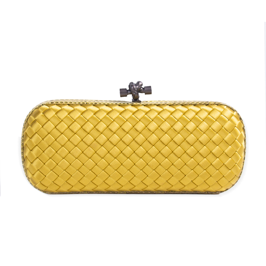 Bottega Veneta Stretch Knot Clutch Bags Bottega Veneta - Shop authentic new pre-owned designer brands online at Re-Vogue