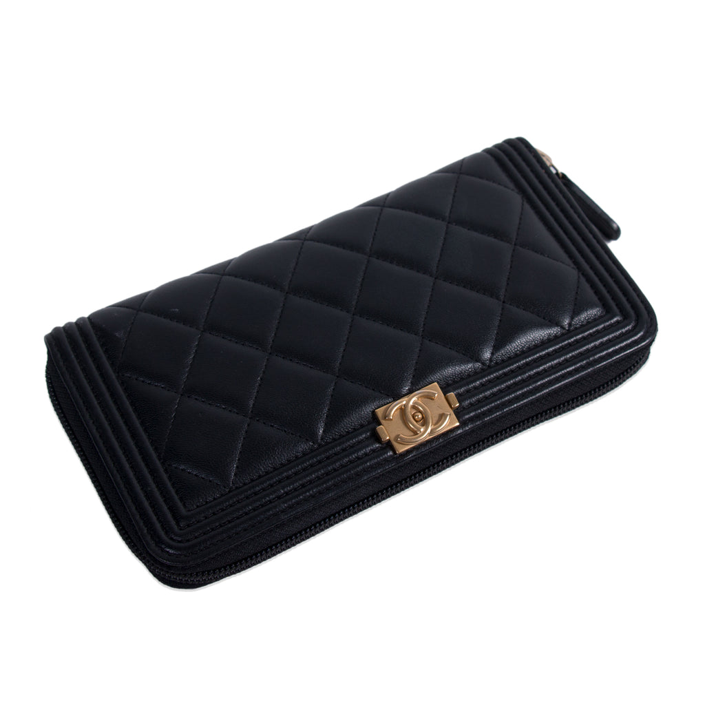 Chanel Boy L-Gusset Zip Wallet Accessories Chanel - Shop authentic new pre-owned designer brands online at Re-Vogue
