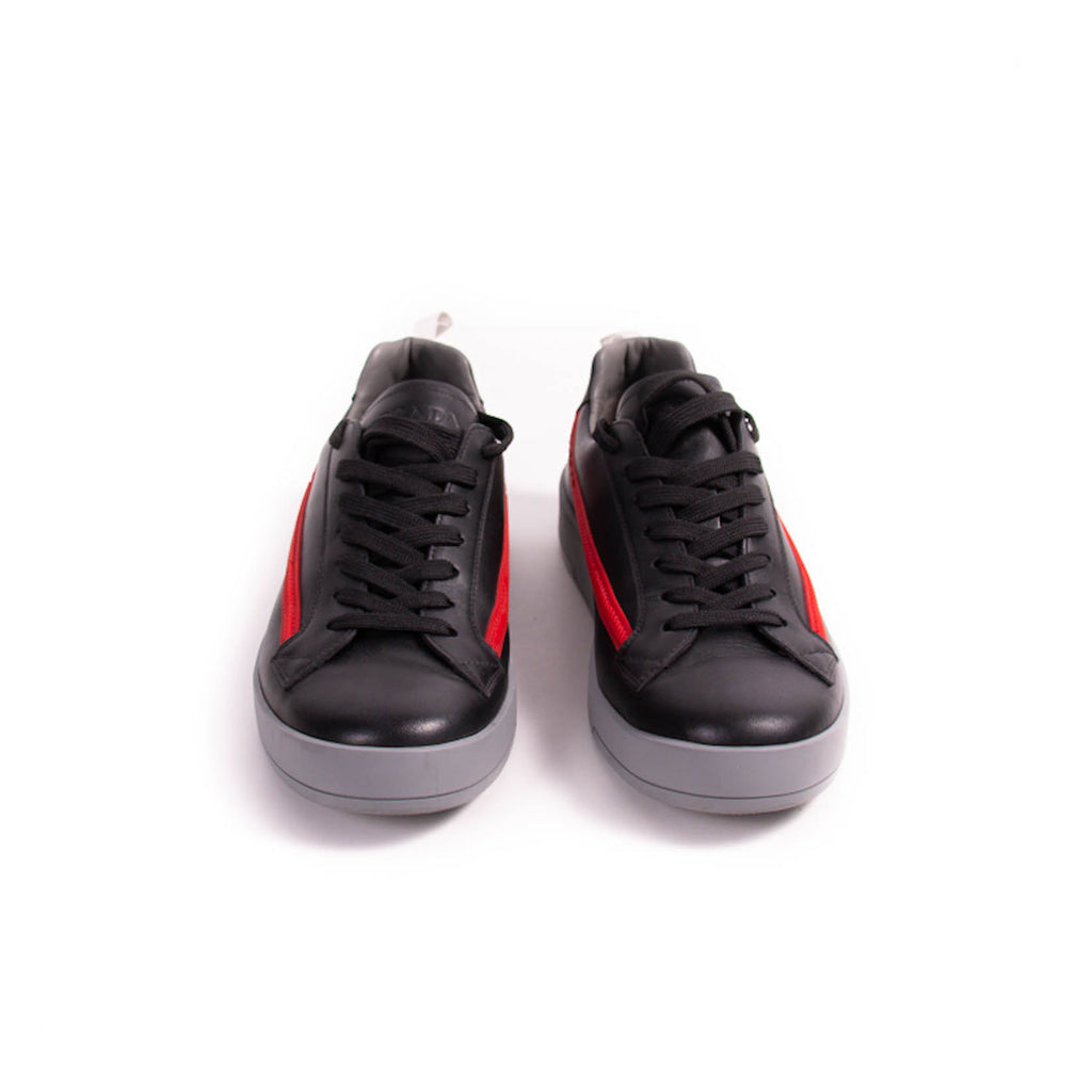 Prada Leather Low Top Sneakers Shoes Prada - Shop authentic new pre-owned designer brands online at Re-Vogue