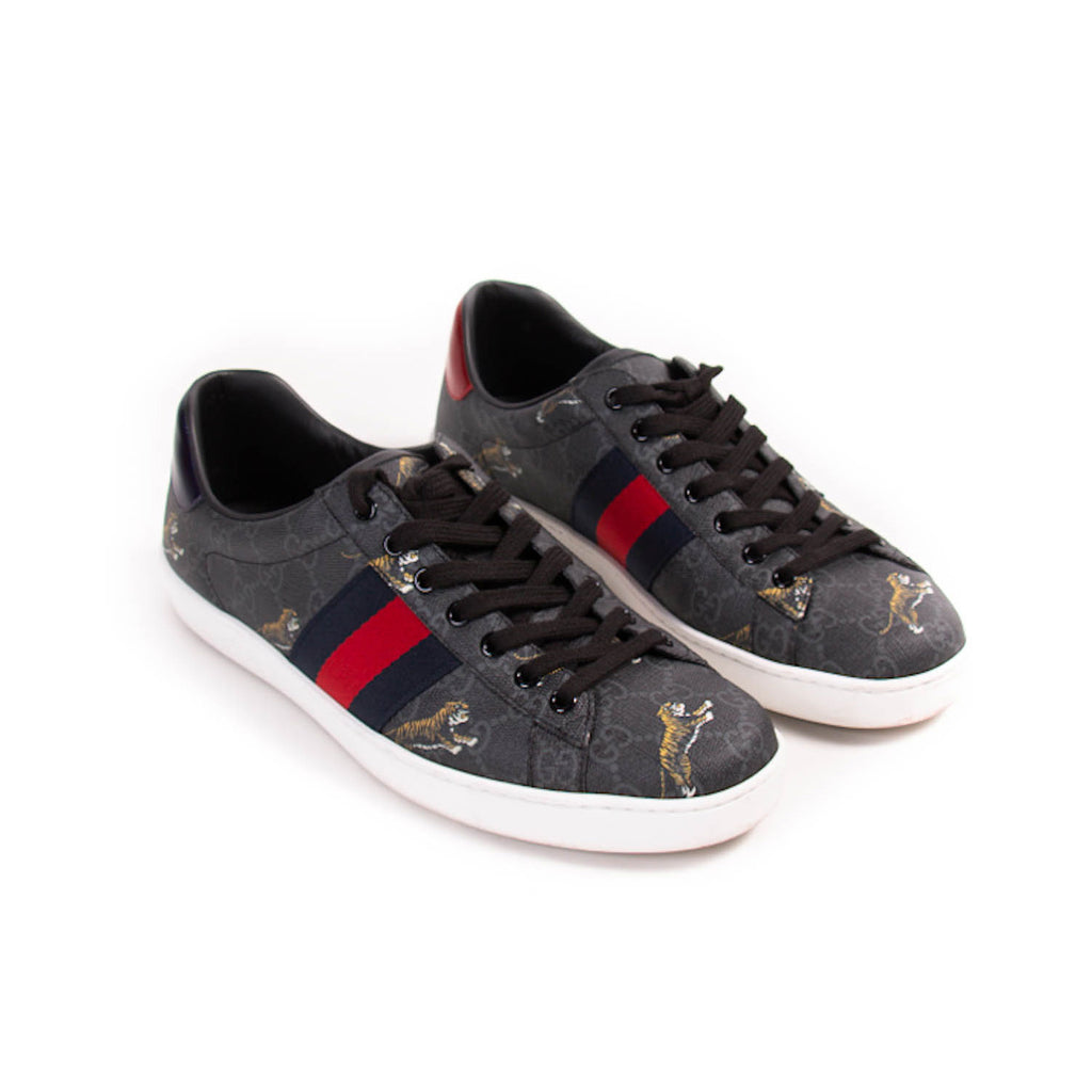 Gucci Ace GG Supreme Tiger Prints Sneakers Shoes Gucci - Shop authentic new pre-owned designer brands online at Re-Vogue