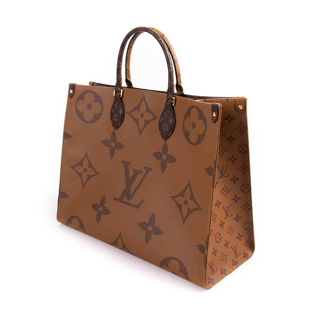 Louis Vuitton Onthego Monogram Giant Tote Bag Bags Louis Vuitton - Shop authentic new pre-owned designer brands online at Re-Vogue