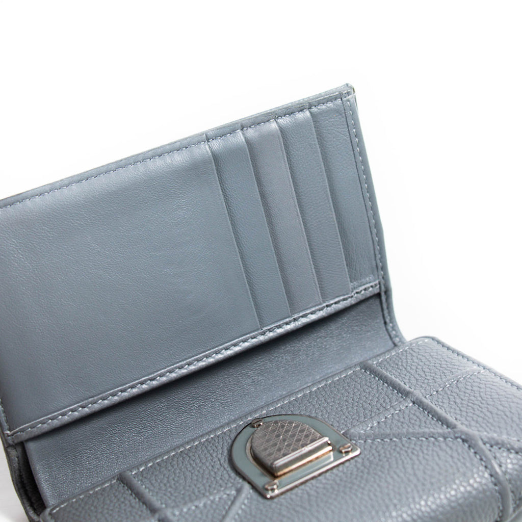 Christian Dior Diorama Wallet Accessories Dior - Shop authentic new pre-owned designer brands online at Re-Vogue