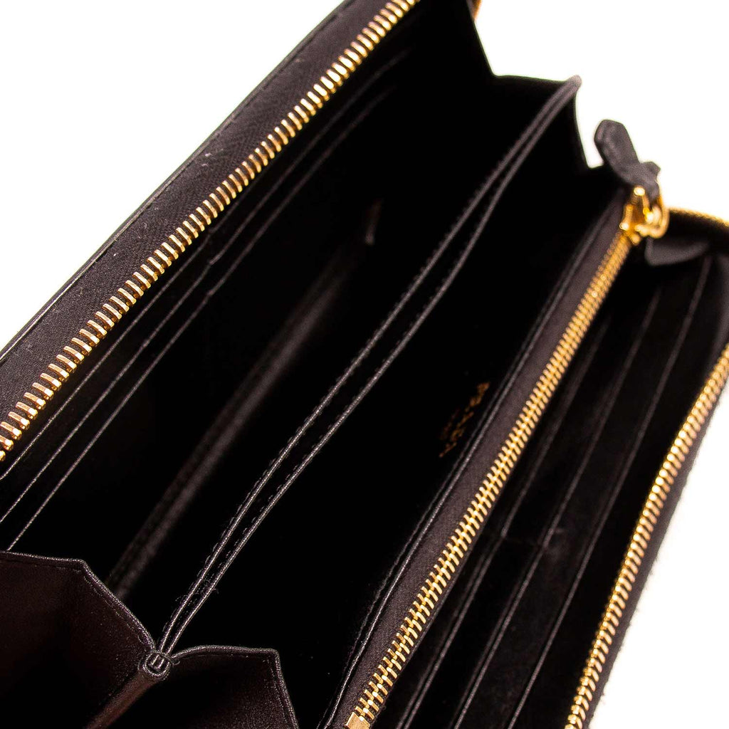 Prada Saffiano Continental Wallet Accessories Prada - Shop authentic new pre-owned designer brands online at Re-Vogue
