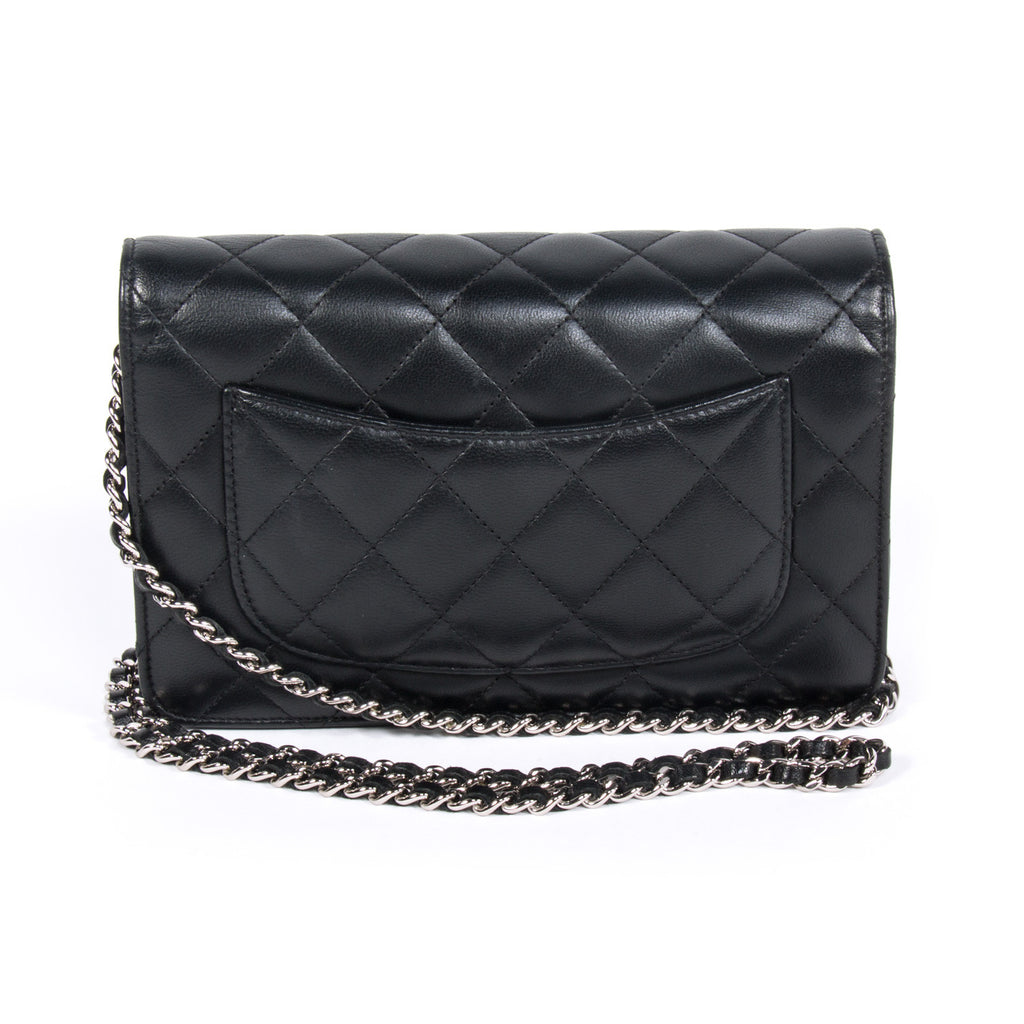 Chanel Quilted Chain Wallet Bags Chanel - Shop authentic new pre-owned designer brands online at Re-Vogue