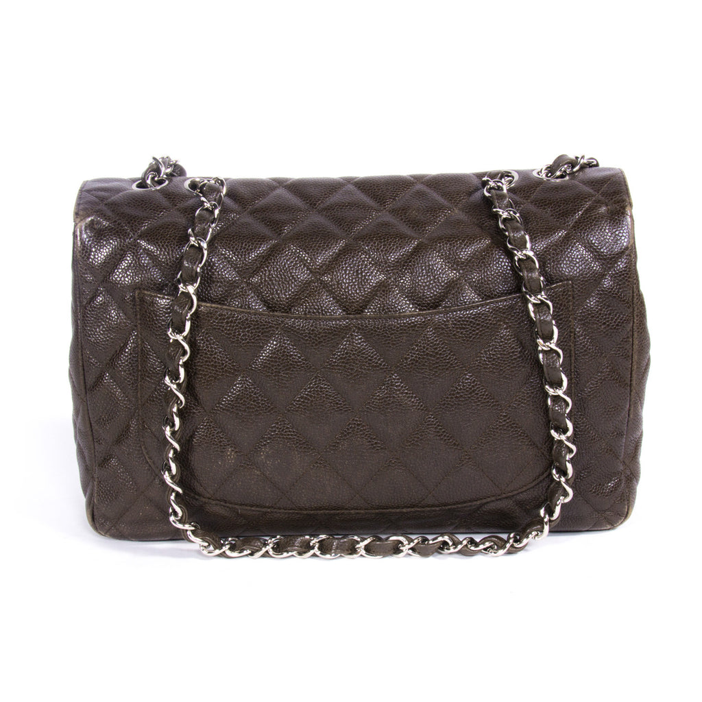 Chanel Jumbo Classic Double Flap Bags Chanel - Shop authentic pre-owned designer brands online at Re-Vogue