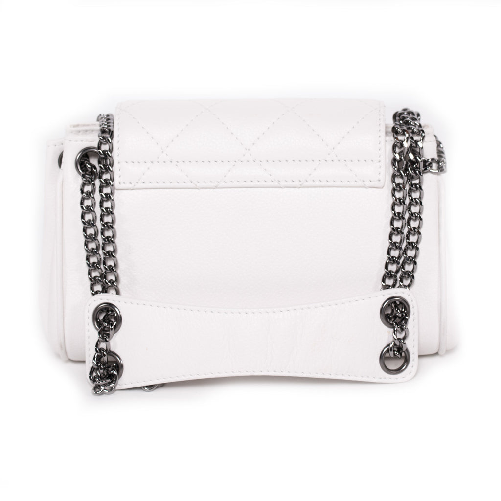 Chanel Caviar Accordion Flap Bag Bags Chanel - Shop authentic new pre-owned designer brands online at Re-Vogue
