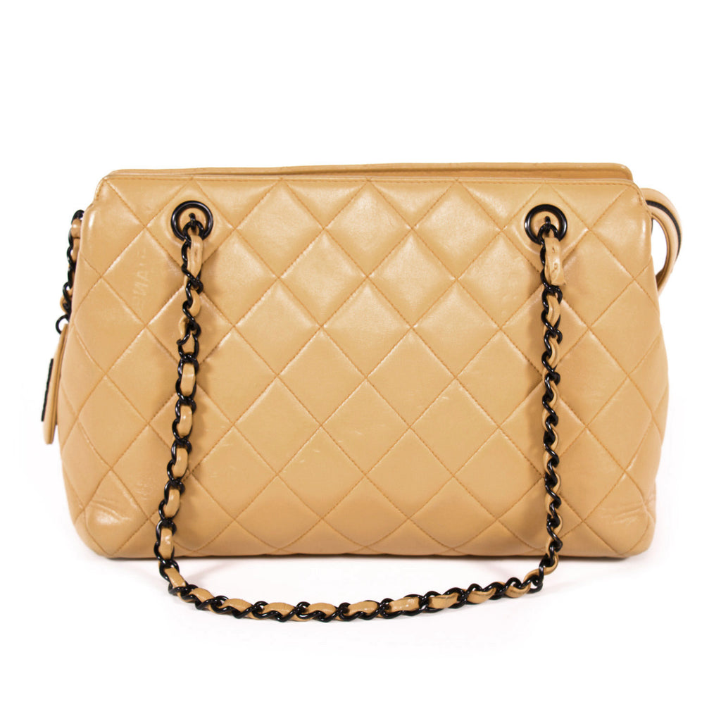 Chanel Vintage Shoulder Bag Bags Chanel - Shop authentic new pre-owned designer brands online at Re-Vogue