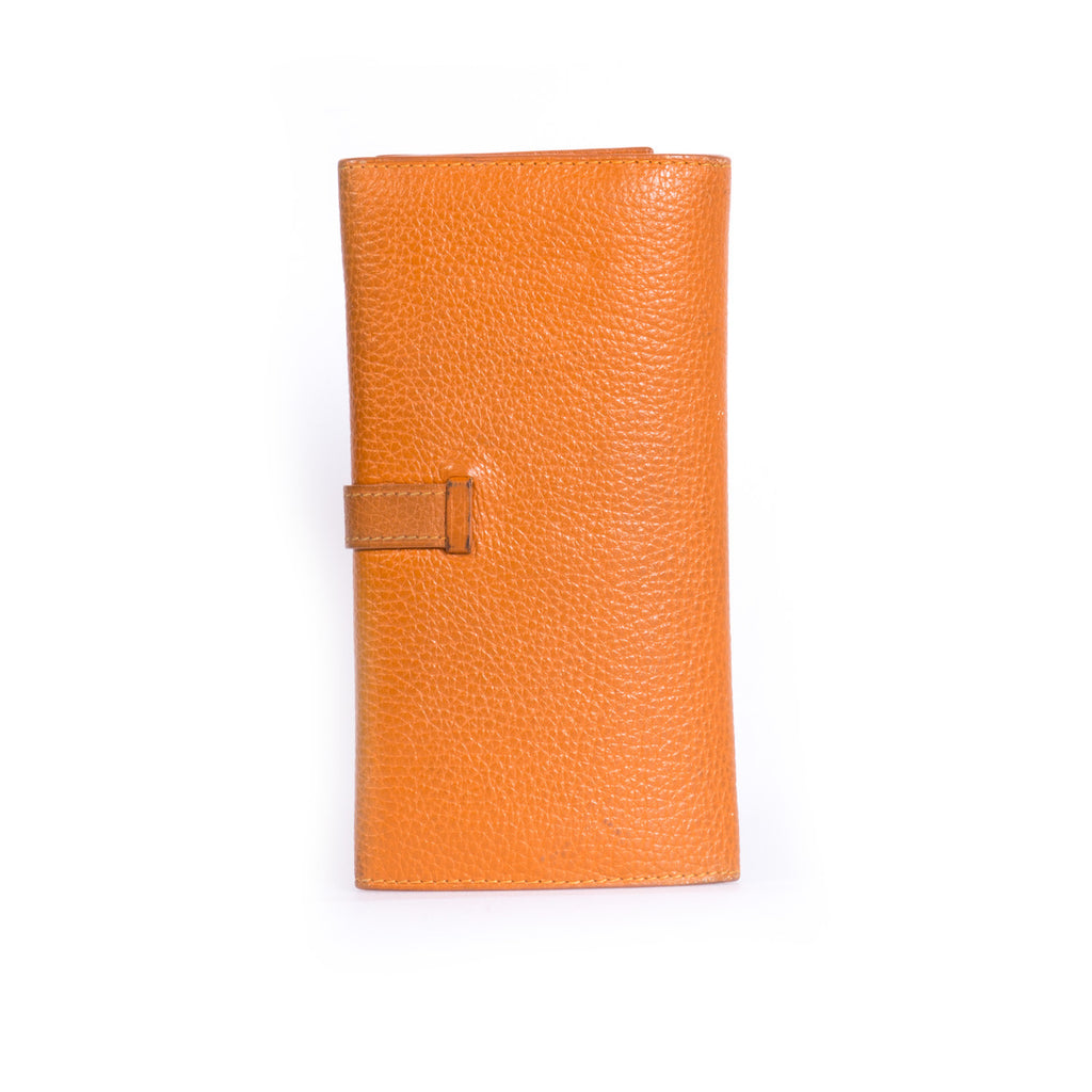 Hermes Trifold Bearn Wallet Accessories Hermes - Shop authentic new pre-owned designer brands online at Re-Vogue