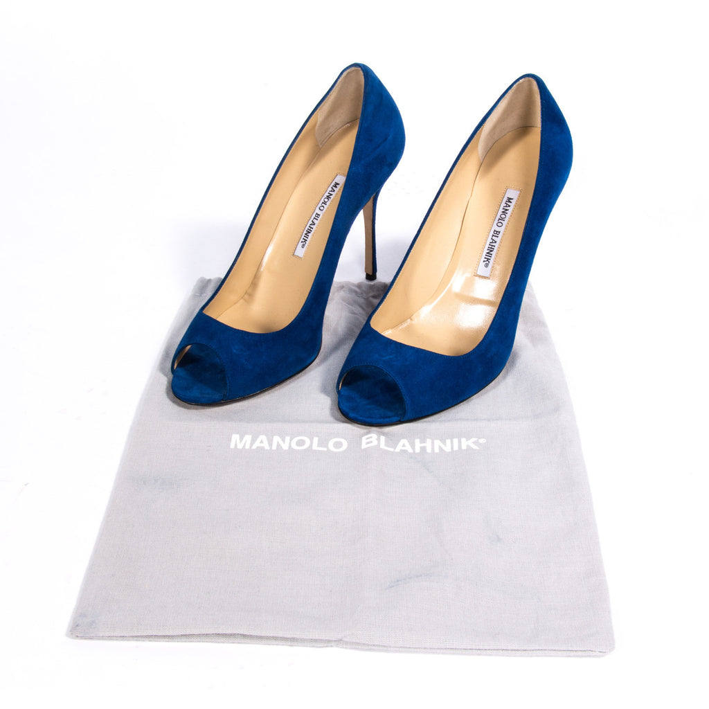 Manolo Blahnik Suede Pumps Shoes Manolo Blahnik - Shop authentic new pre-owned designer brands online at Re-Vogue