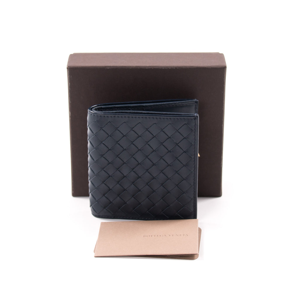 Bottega Veneta Intrecciato Bifold Wallet Accessories Bottega Veneta - Shop authentic new pre-owned designer brands online at Re-Vogue