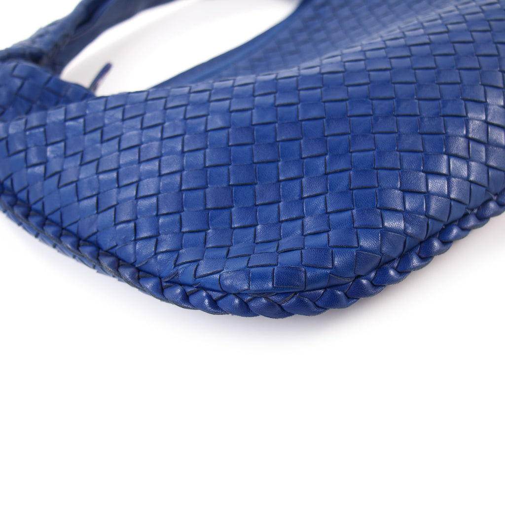 Bottega Veneta Intrecciato Small Veneta Hobo Bag Bags Bottega Veneta - Shop authentic new pre-owned designer brands online at Re-Vogue