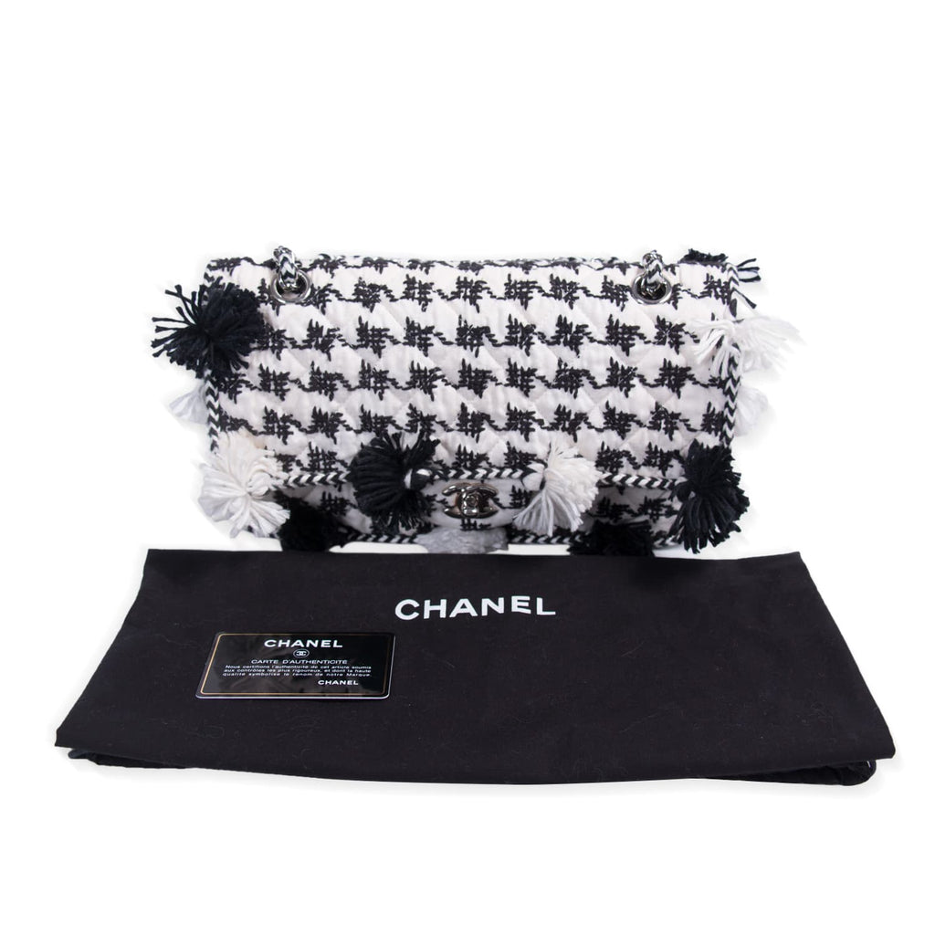Chanel Cruise Embroidered Flap Bag Bags Chanel - Shop authentic new pre-owned designer brands online at Re-Vogue