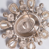 Chanel White Pearl Brooch Accessories Chanel - Shop authentic new pre-owned designer brands online at Re-Vogue