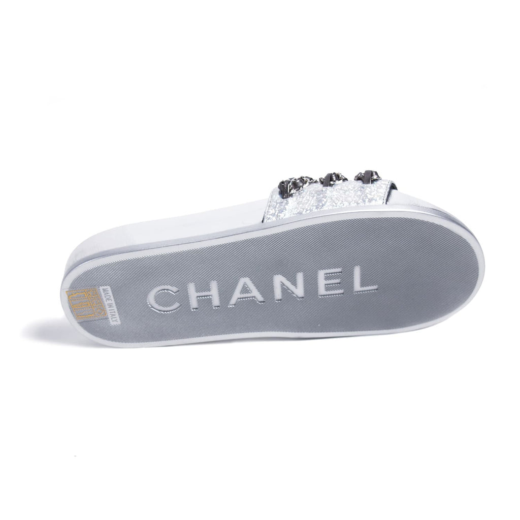 Chanel Chain-Link Slide Sandals Shoes Chanel - Shop authentic new pre-owned designer brands online at Re-Vogue