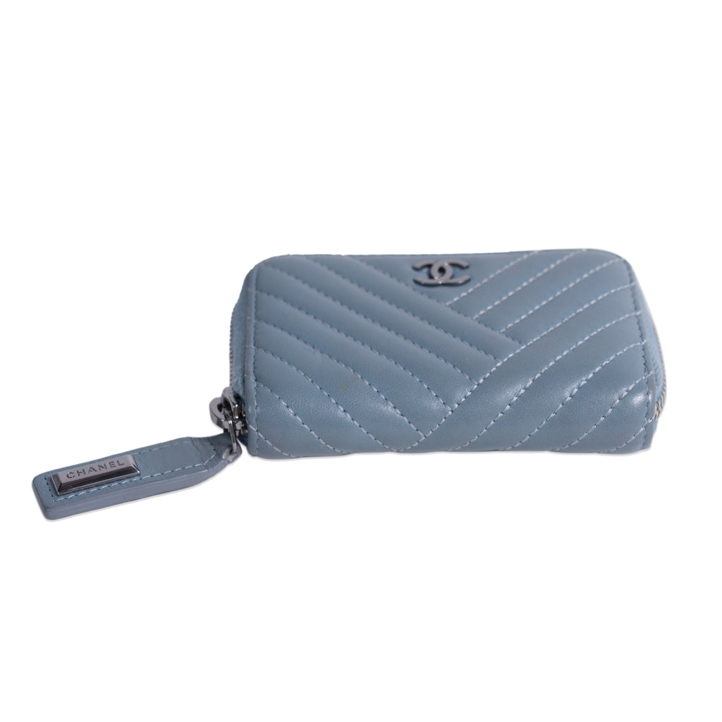 Chanel Lambskin Coin Purse Accessories Chanel - Shop authentic new pre-owned designer brands online at Re-Vogue