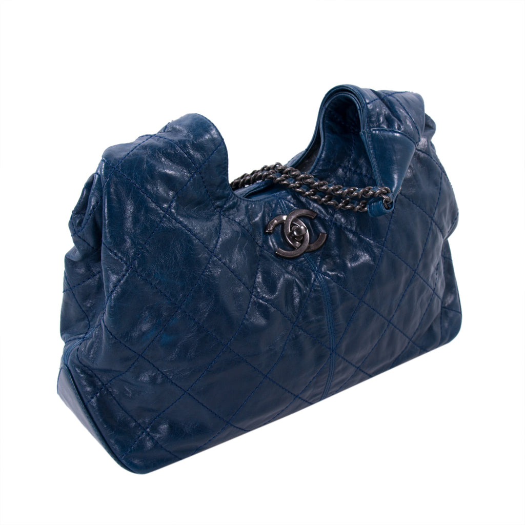 Chanel Paris-Dallas Coco Supple Hobo Bag Bags Chanel - Shop authentic new pre-owned designer brands online at Re-Vogue